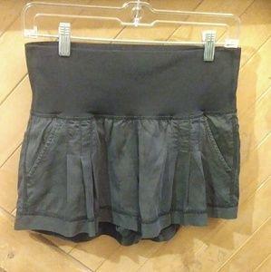 Lululemon charcoal black shorts size 6